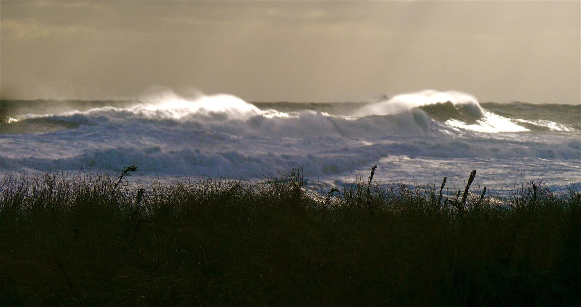 Storm surf near the Montauk IGA
